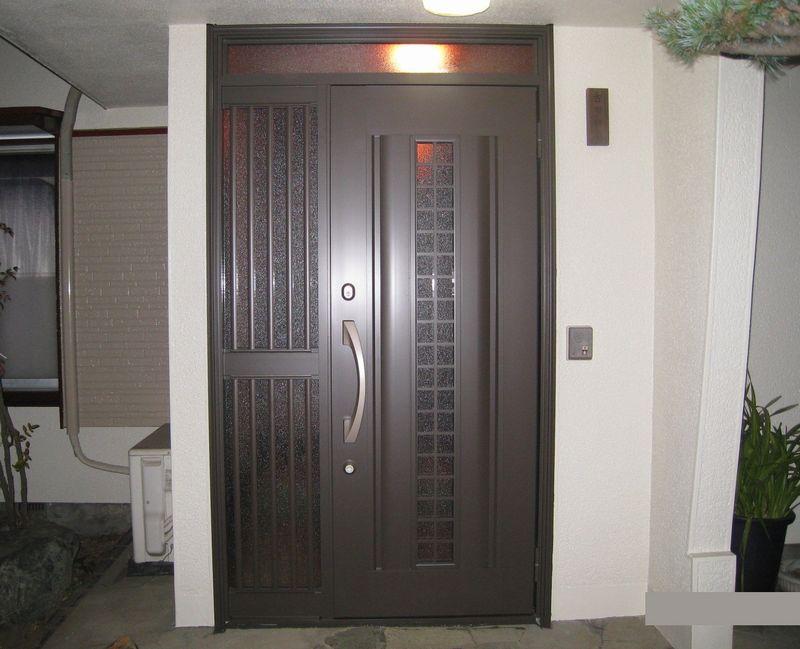 リフォーム用玄関ドア・リシェントでお家のイメージが…