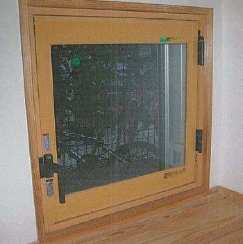 冬の寒い出窓にも内窓で寒さ対策を!
