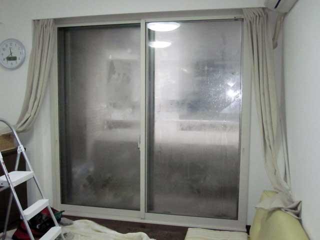 冬場の結露に効果的な内窓!