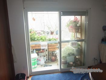 内窓の取り付け。