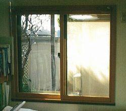 1階の掃き出し窓に防犯対策に内窓取付