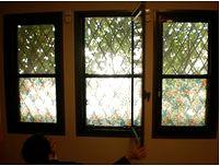 出窓も上げ下げ窓も、内窓設置できます!