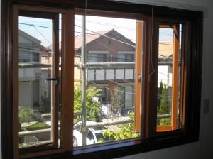 腐食した窓サッシを一新!