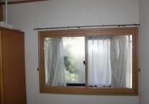 出窓の断熱・防音・防犯