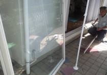 テラス窓の戸車交換