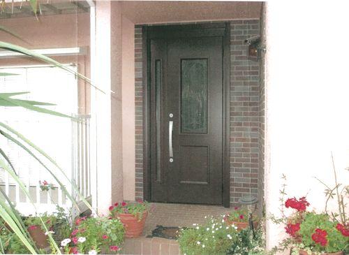 重くて使いにくい木製玄関が、一新!