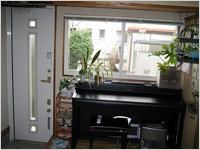 二重サッシ(内窓)「メルツェン」と リフォームドア(内観)