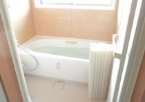 風呂場の改装で窓も新しく!