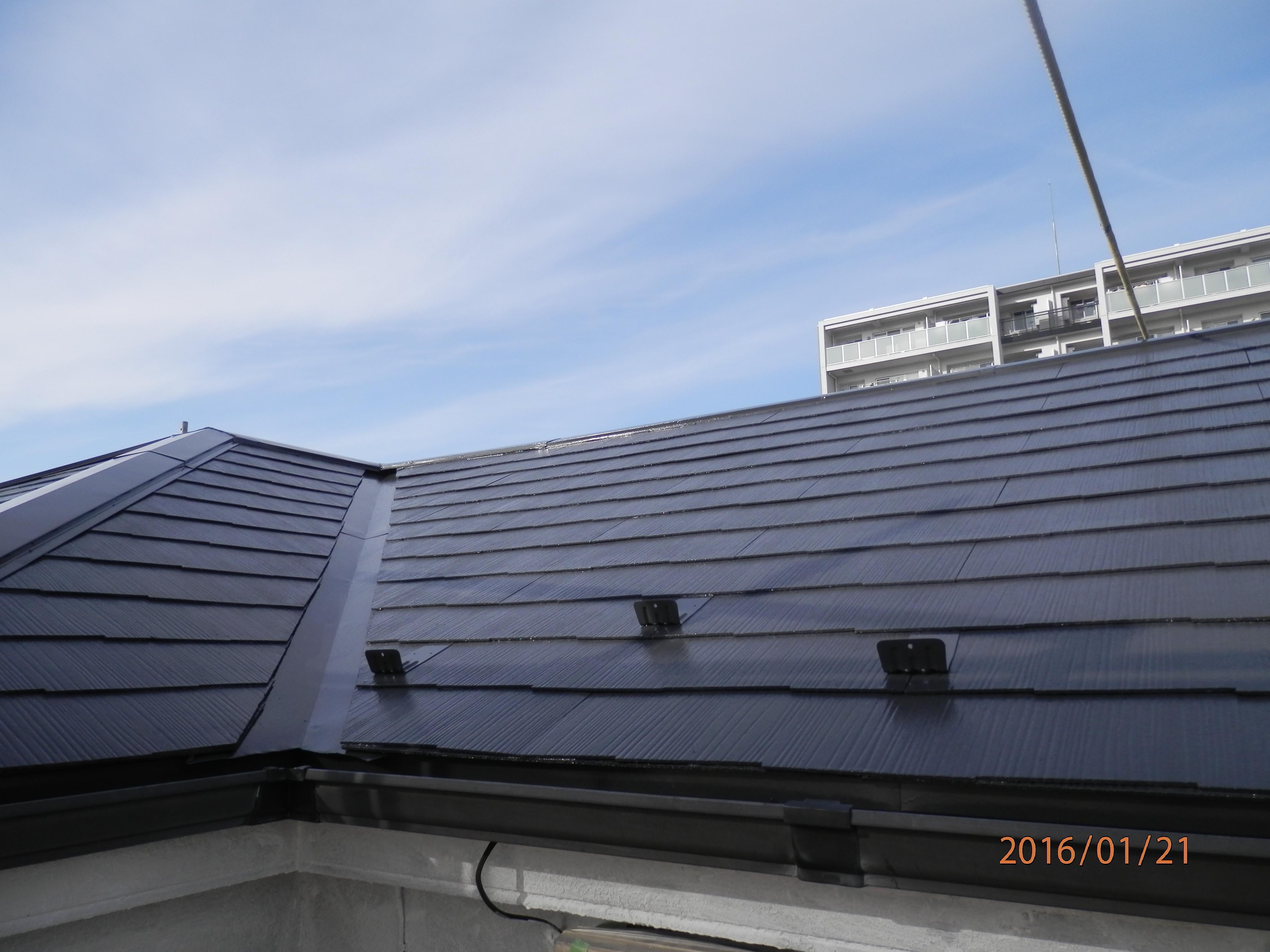 屋根と外壁をキレイに塗装して気分も一新&雨仕舞も安…