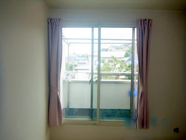 新築の窓に内窓インプラス+真空硝子取付