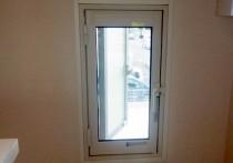新築の窓に内窓インプラス+真空硝子取付。