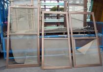 網戸を張り替えるのなら、ブラックネットがおすすめです。