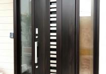 豪華な仕上がり「リシェント玄関ドア3G82型断熱仕様」施工例