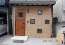 部屋の増設で新しい玄関に!