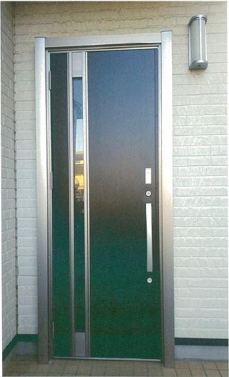 子供も安心のオートロック玄関ドア