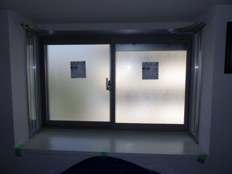 出窓の形はそのままで内窓取付