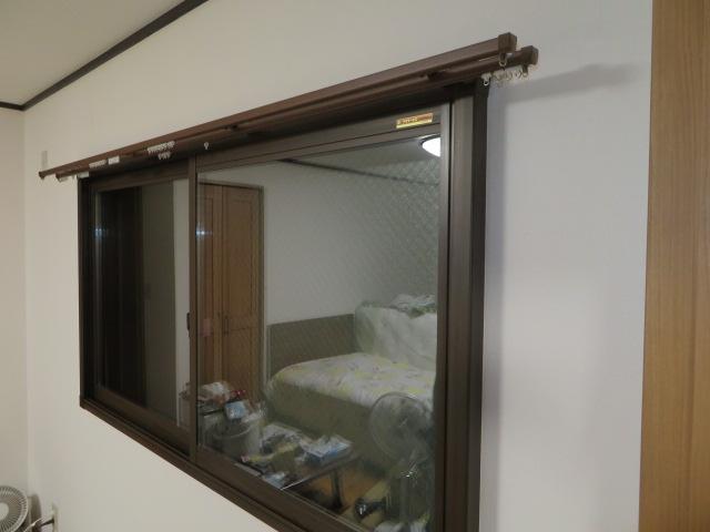 高機能ペアガラス入りの内窓設置で結露防止に断熱と遮…