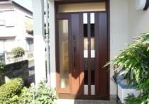 玄関ドアの取り換え工事