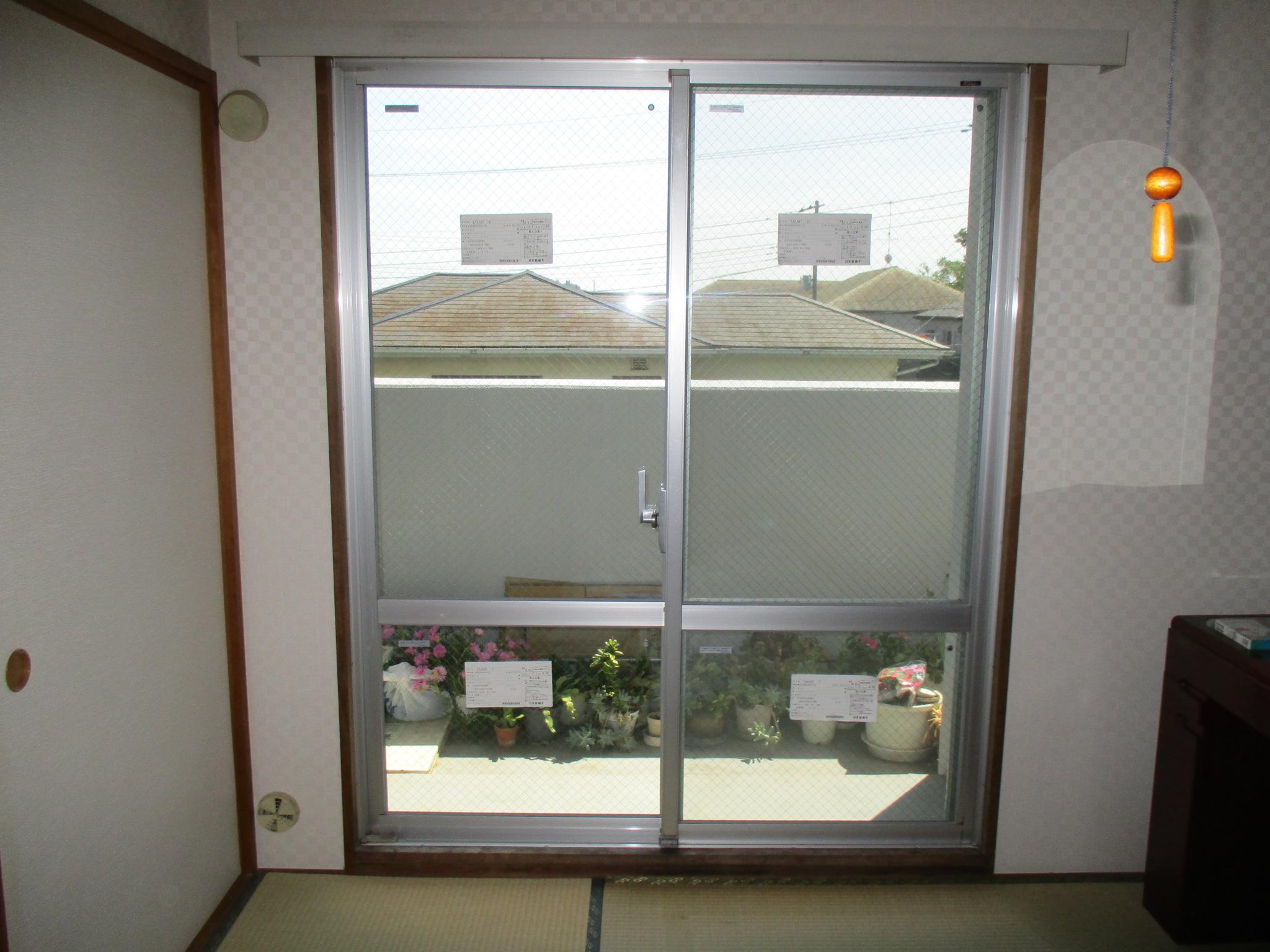 出入りの多いベランダの窓にはガラス交換!スペーシア…