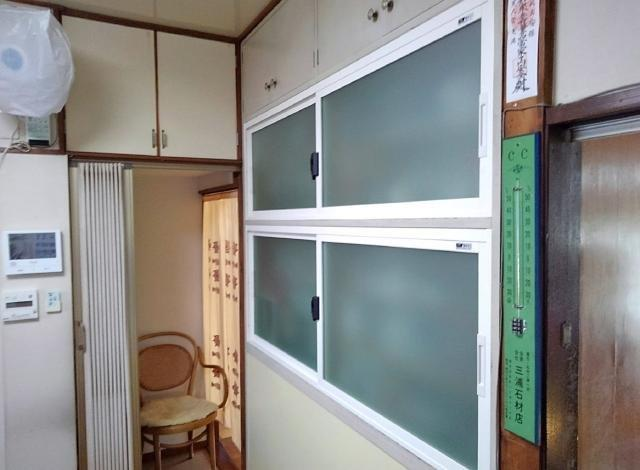 完成♪樹脂窓なので衛生面も安心♪
