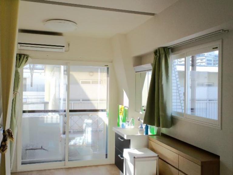 遮熱複層ガラスで夏も快適に!内窓取付工事
