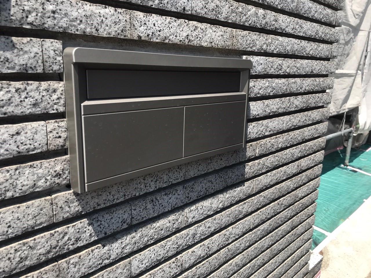 ブロック塀埋め込みポスト交換