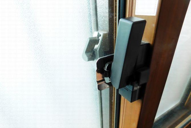 窓専門店に聞いた「メーカー別 内窓おすすめポイント」