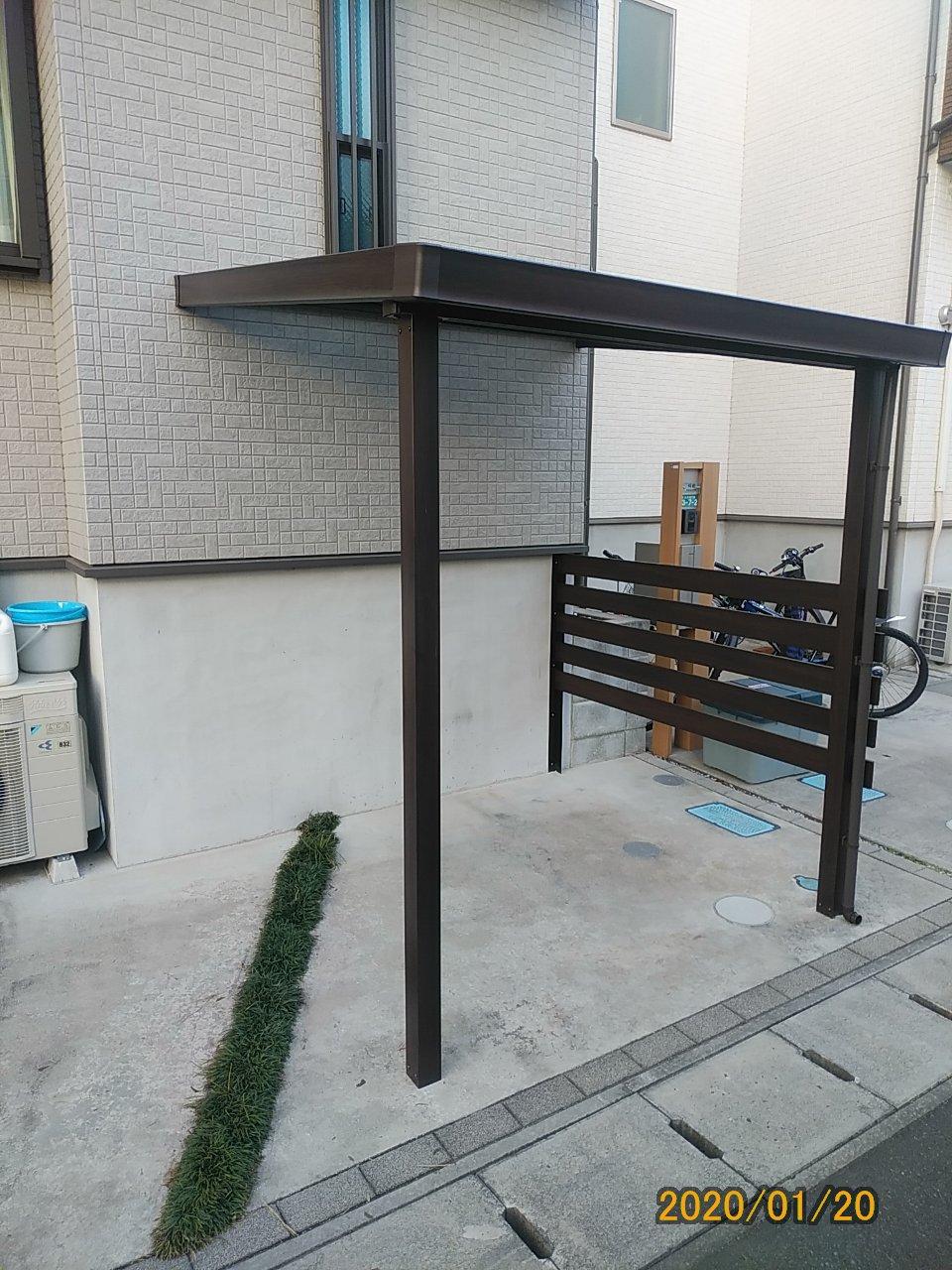 LIXILテラス屋根シュエット(自転車置き場)完成…