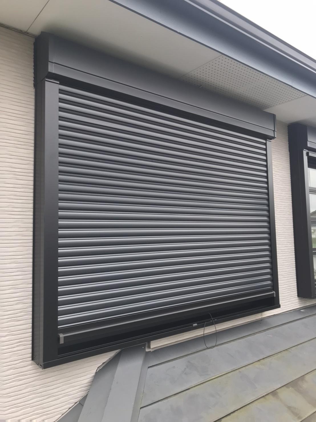 台風シーズン前に窓の強化を!寒川町 電動シャッター…