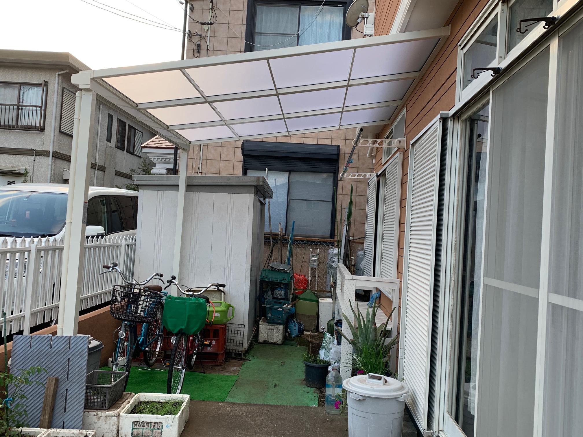 テラス屋根を新しく設置