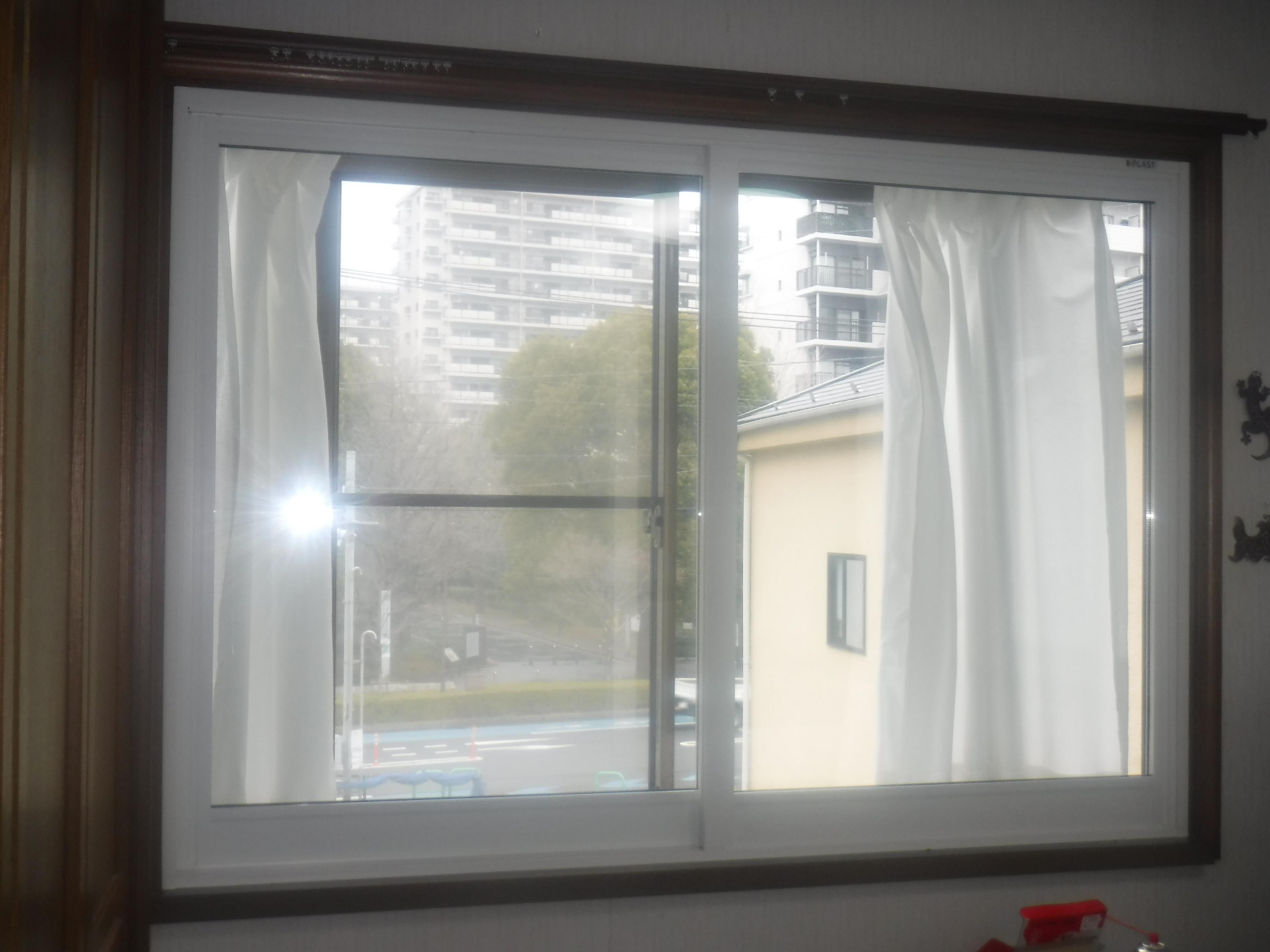 戸建住宅に内窓を取付。